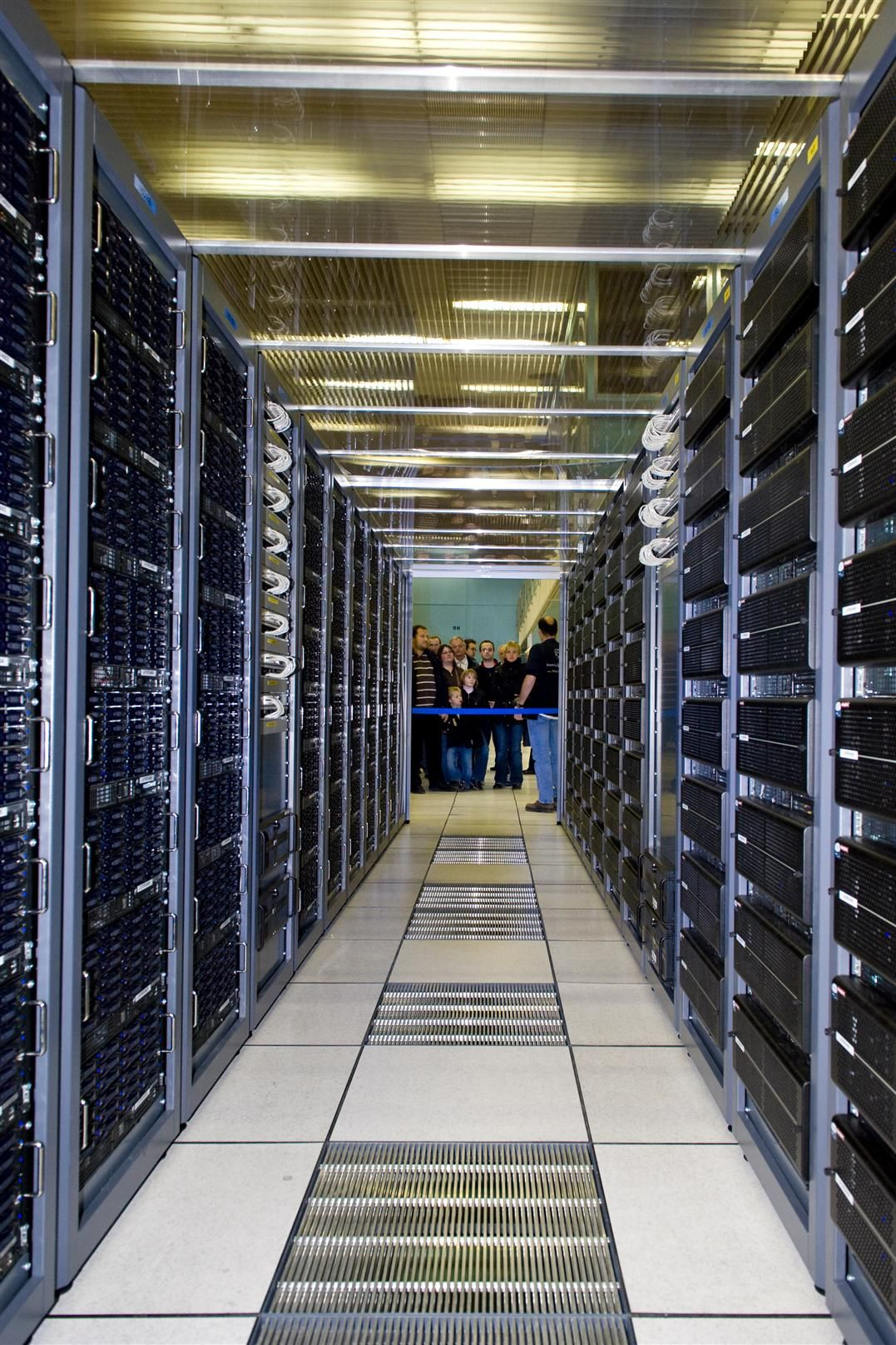 Cern trenger en rekke datasentre. Tier 0 er den største og viktigste. (Foto: Cern)