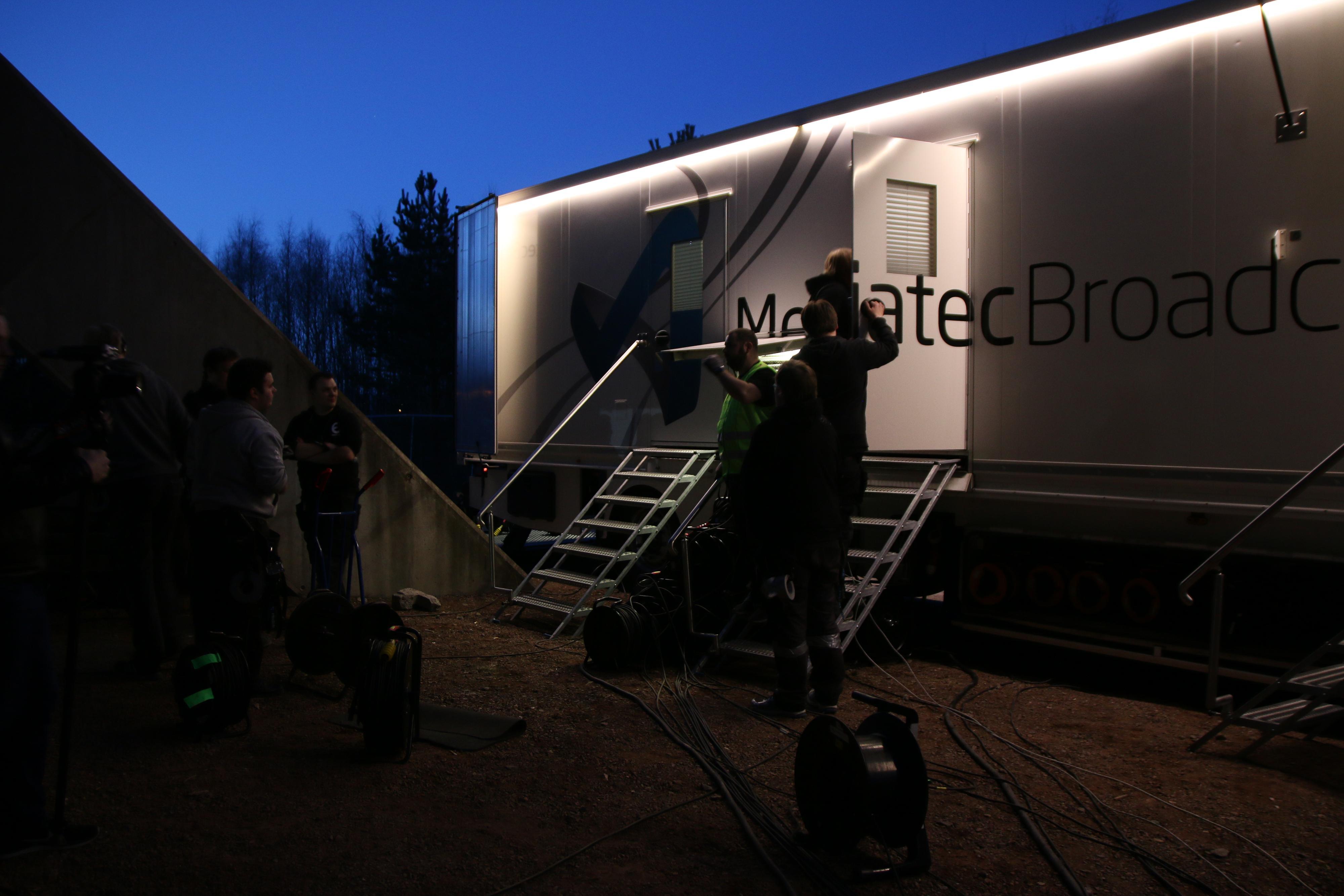 En siste «pep talk» før det braker løs må til. .Foto: Ole Henrik Johansen / Hardware.no