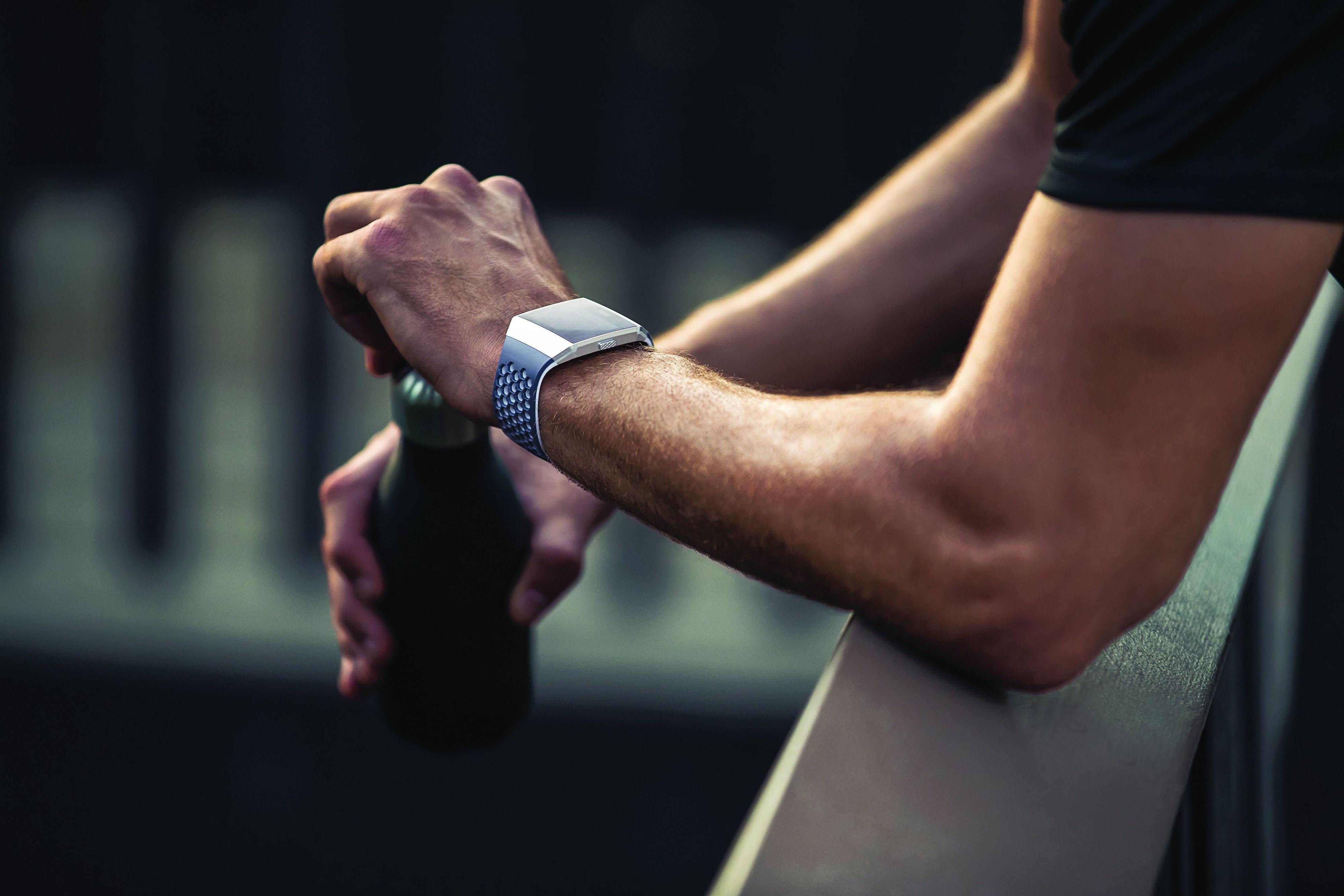 Du trenger ikke å trene for å bruke den nye klokka, men det hjelper.