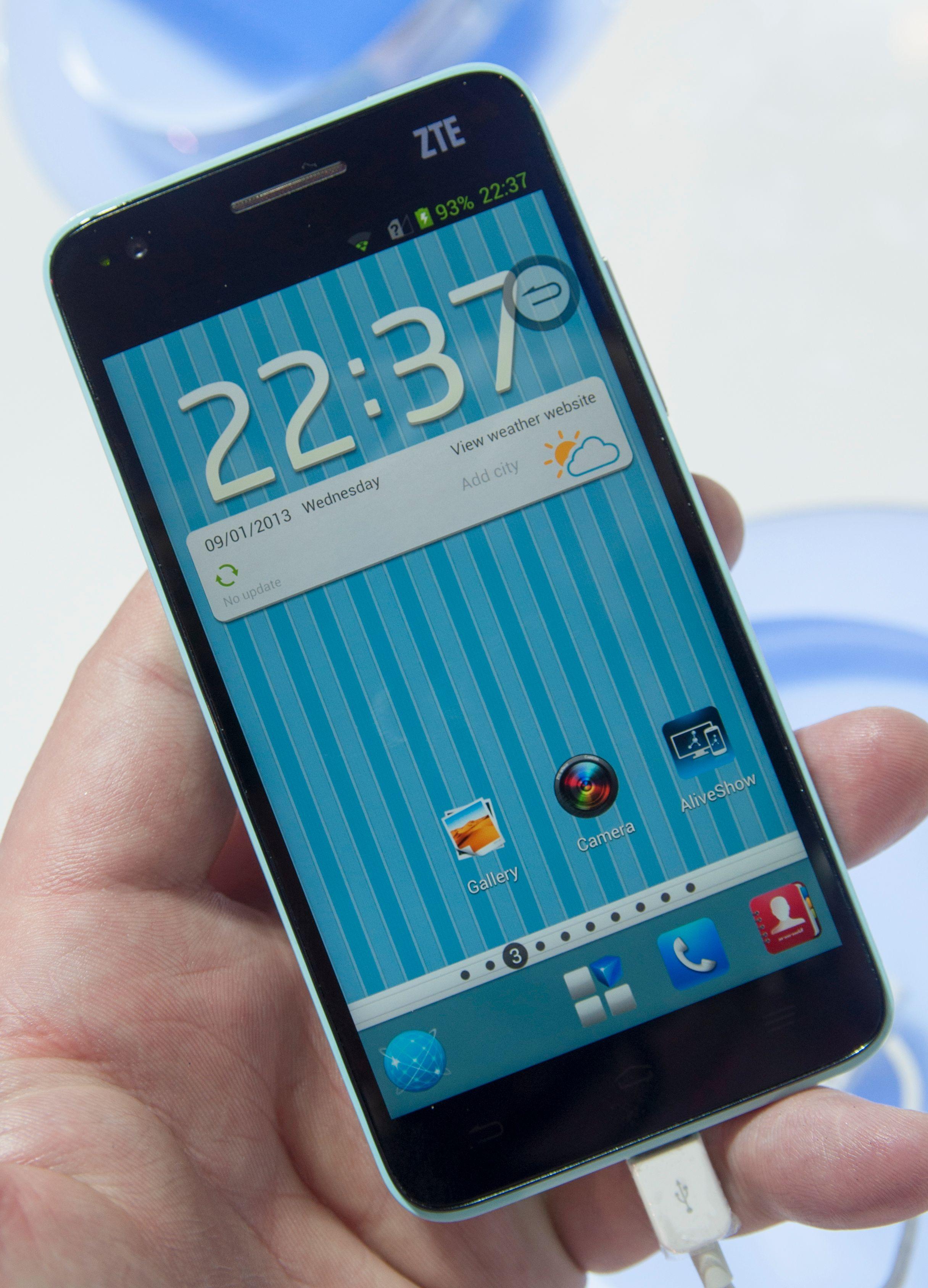 ZTE har ikke pleid å gjøre store endringer i Android. I Grand S har de gjort flere små og store endringer på programvaren.Foto: Finn Jarle Kvalheim, Amobil.no