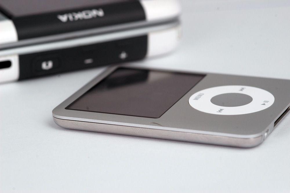 Ipod Nano er tynnere enn alt av musikktelefoner. (Alle foto: Einar Eriksen)