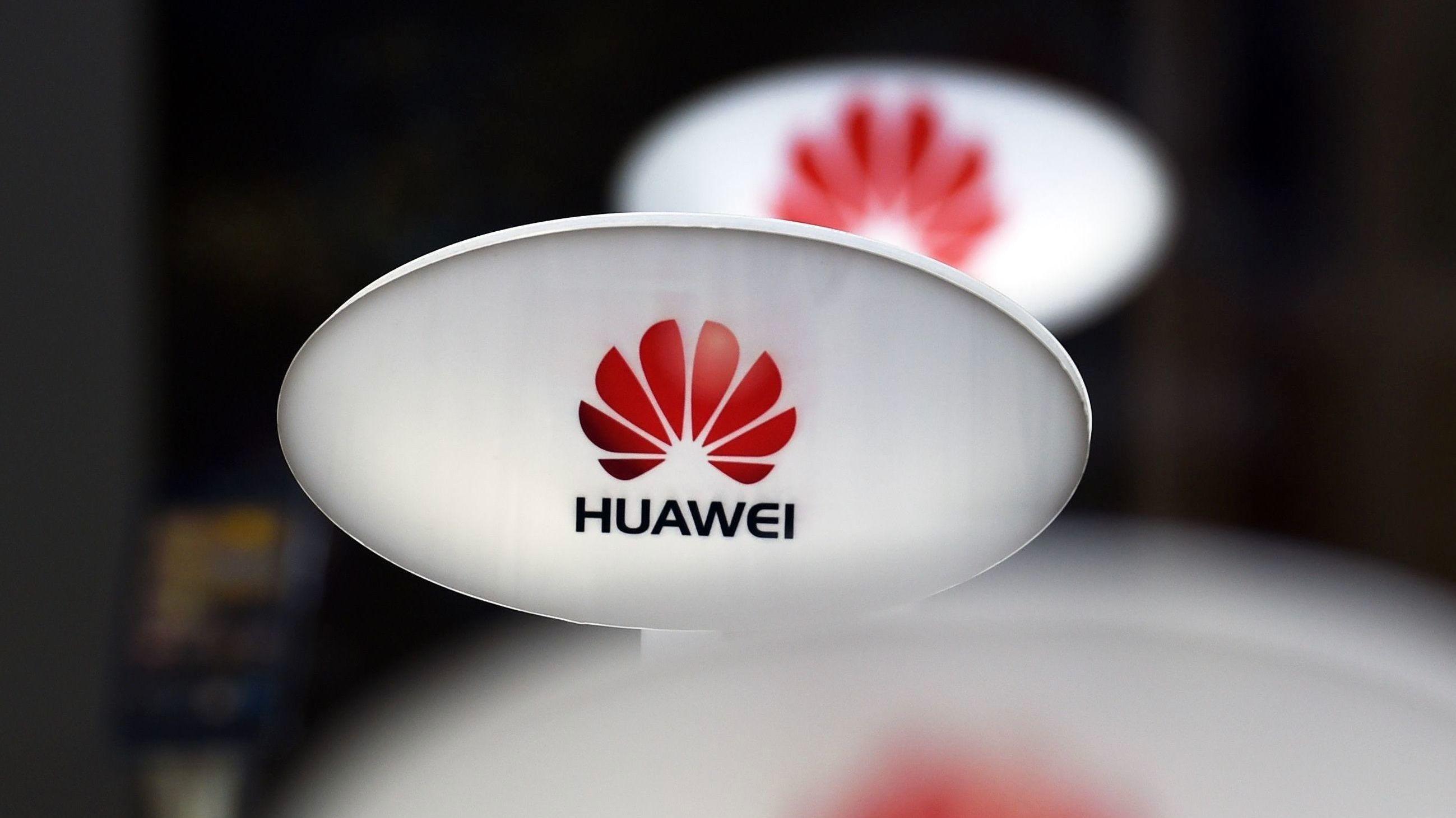 Slår ring om Huawei – oppfordrer til Apple-boikott