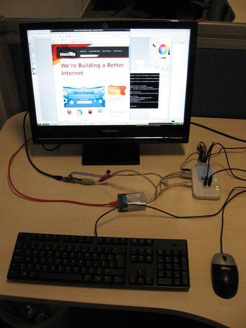 Raspberry Pi-prototype som kjører Ubuntu 9.04. Foto: Raspberry Pi Foundation