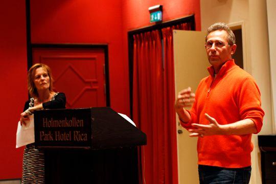 Anne Lise Flavik og Stuart Franklin presenterte gjestelisten til Nordic Light 2010