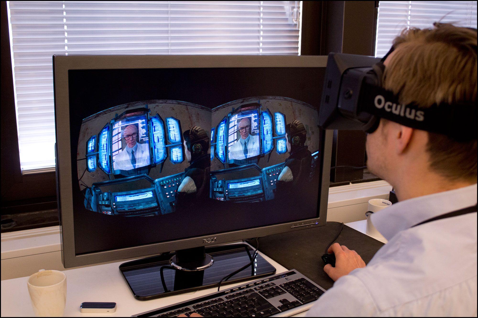 Det gikk relativt kjapt å venne seg til mus- og tastaturstyring selv i Half-Life 2, som ikke er tilpasset Oculus Rift.Foto: Jørgen Elton Nilsen, Hardware.no