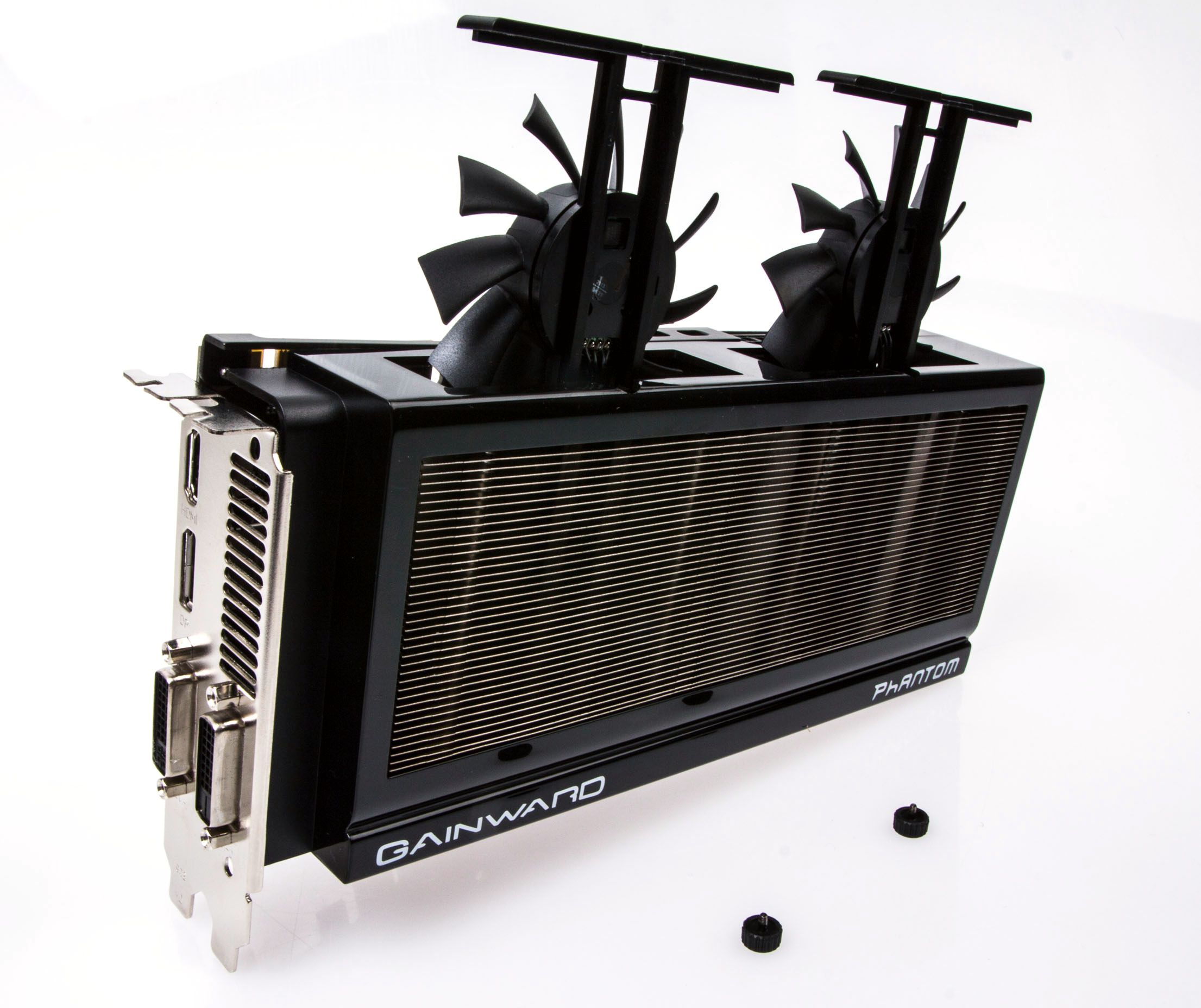 Dette skal gjøre det enkelt å rense viftene for støv, mener Gainward.Foto: Varg Aamo, Hardware.no