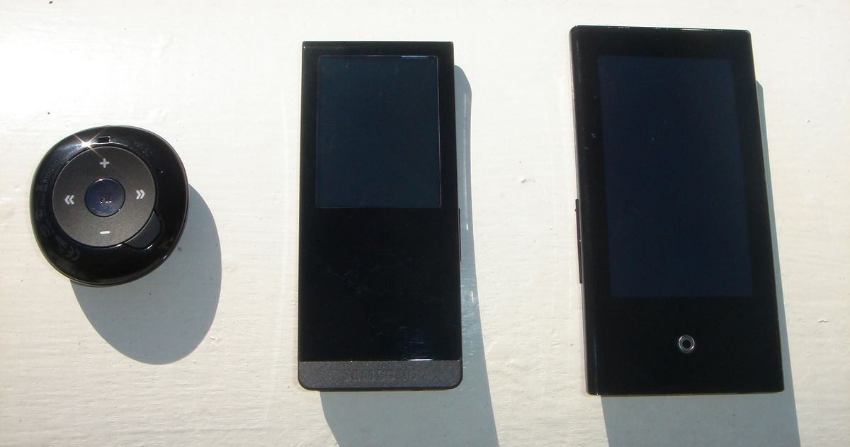 T10 sammen med sine Samsung-søsken