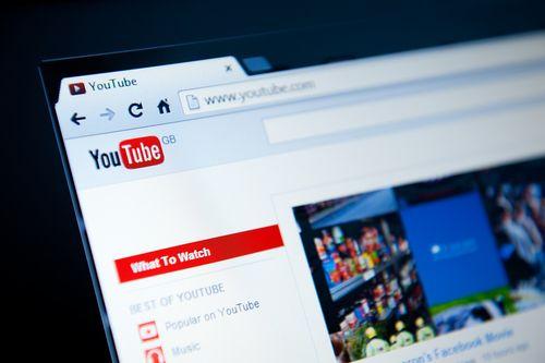 Ikke alle liker den populære videotjenesten YouTube. Foto: JuliusKielaitis/Shutterstock.com