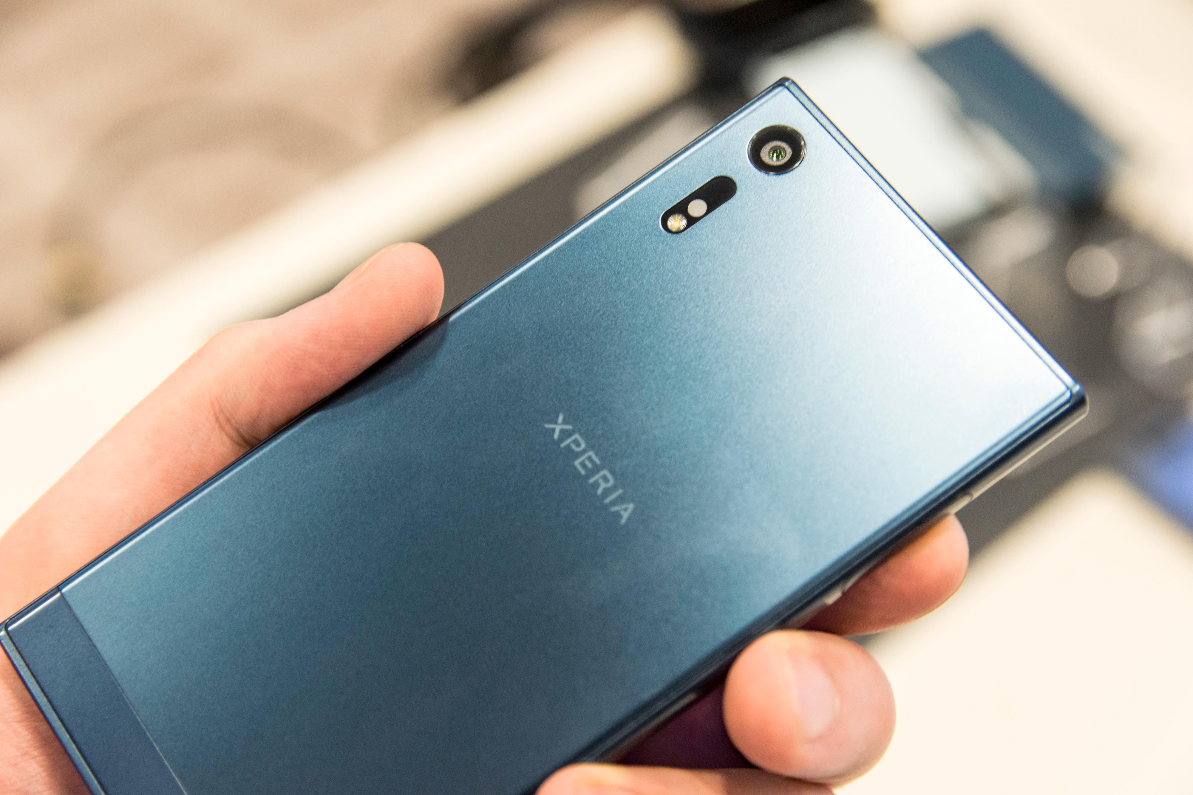 Den blå fargen som brukes på Xperia XZ er visstnok signaturfargen for serien.
