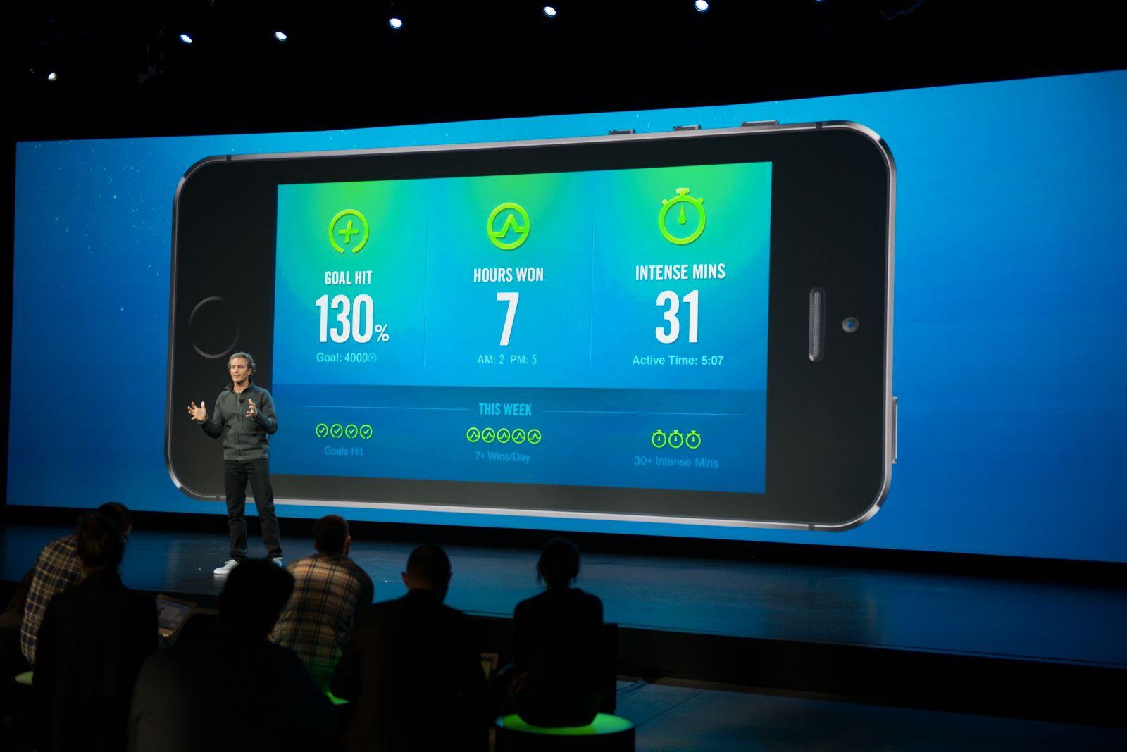 Nike FuelBand-appen kommuniserer kontinuerlig med armbåndet. Foto: Nike