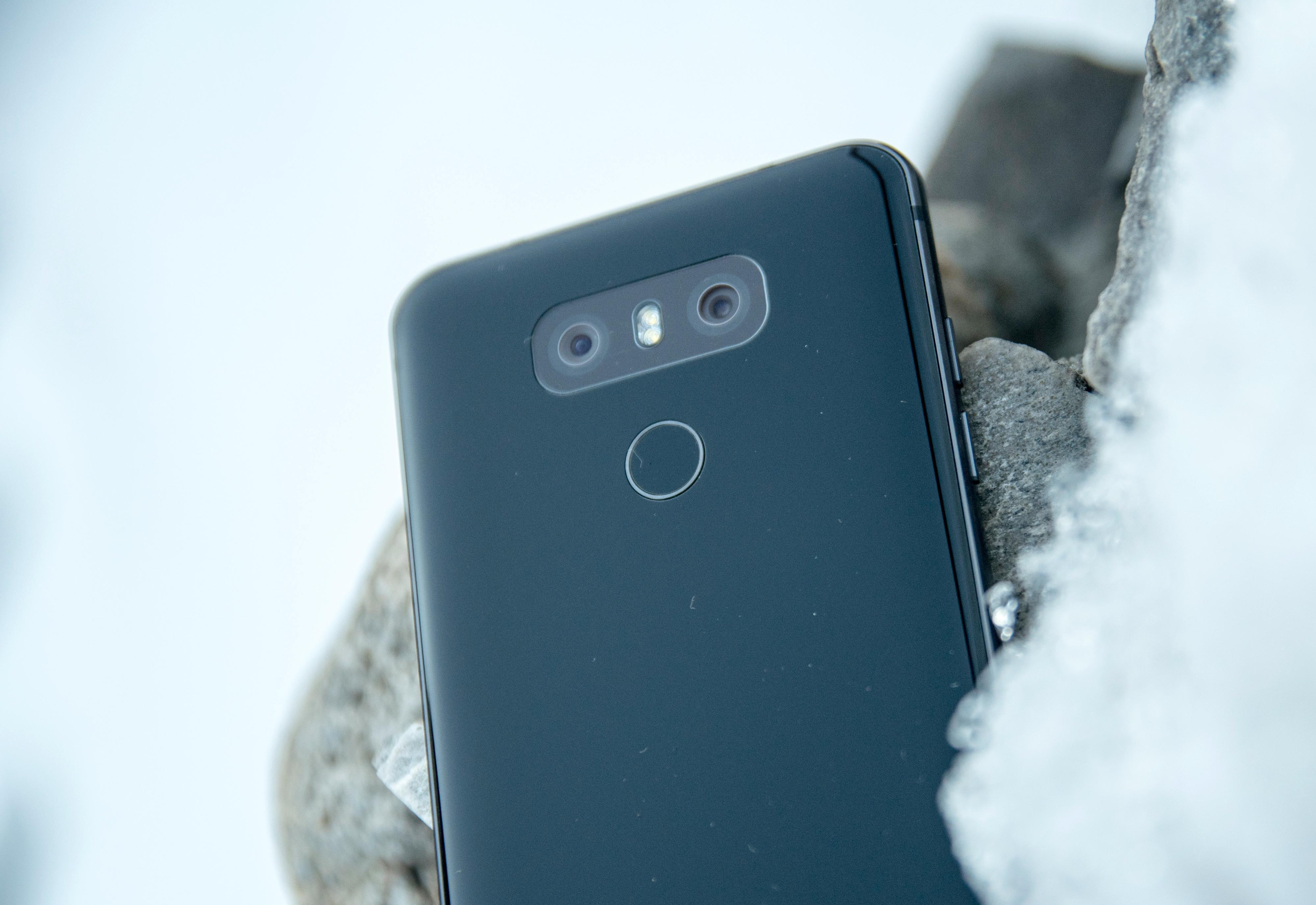 Den nye kameraløsningen i G6 knipser bilder med 13 megapikslers oppløsning. Det ene kameraet har normal brennvidde, mens det andre knipser vidvinkelbilder.