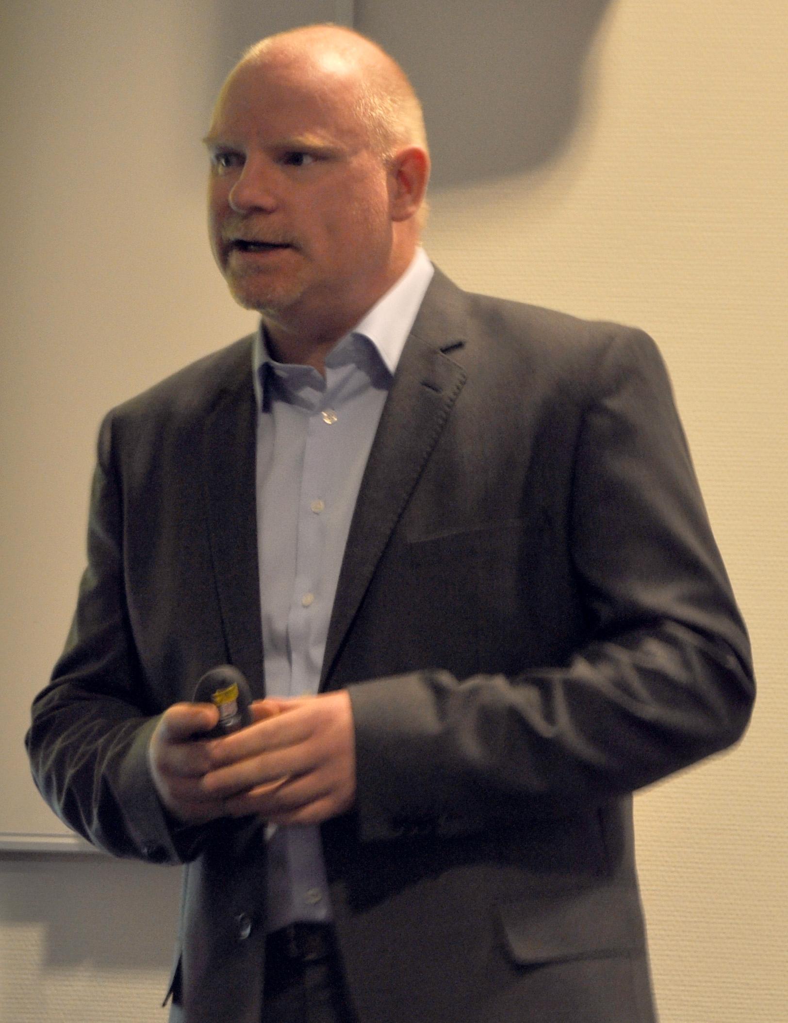 Tommy S. Johansen er dekningssjef i Netcom, og lover bedre tider.