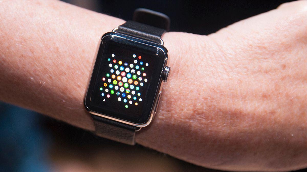 – Apple Watch kommer tidligere enn antatt
