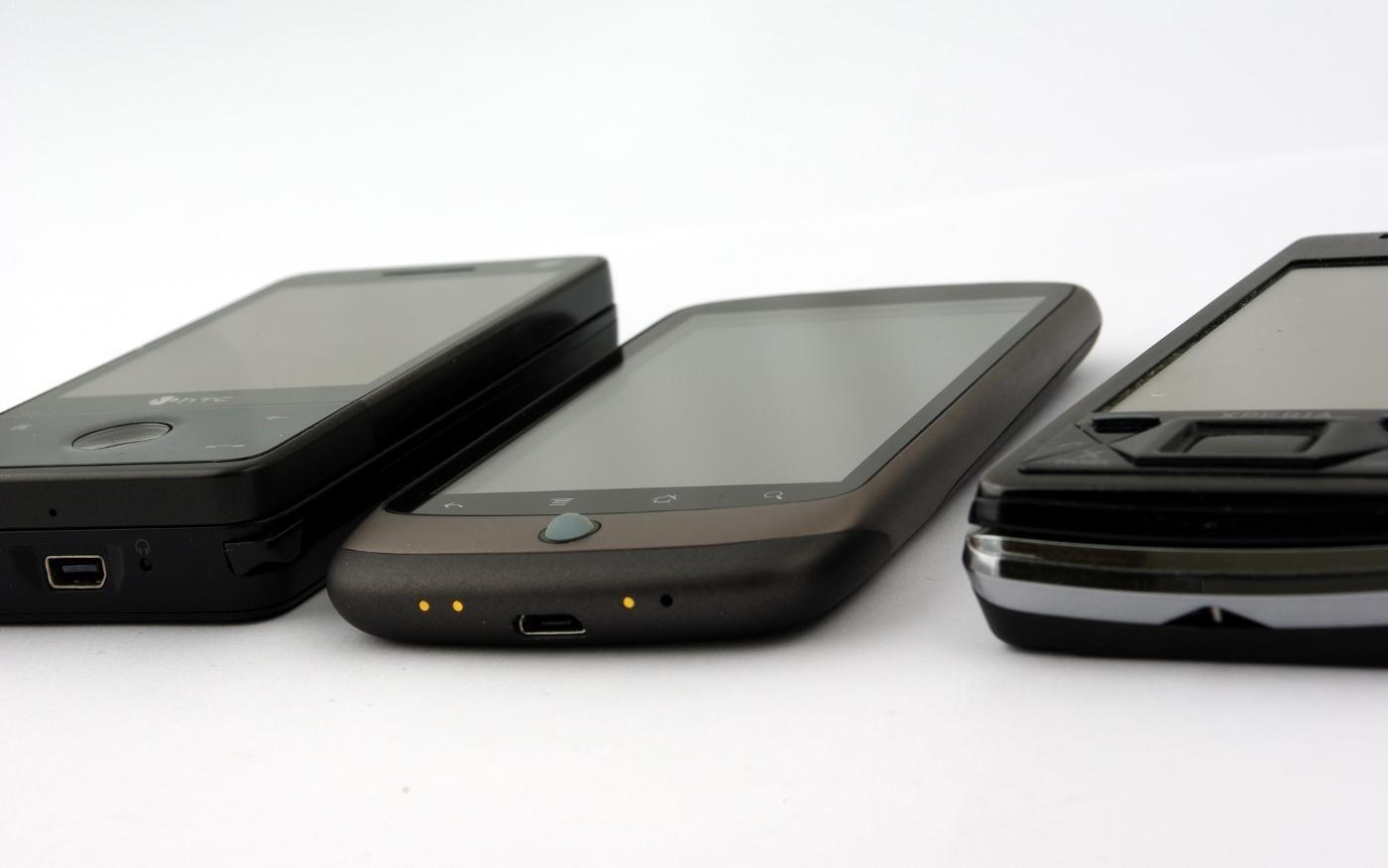 Nexus One er definitivt hendigere enn fulltastaturmobiler som HTC Touch Pro og Sony Ericsson Xperia X1.