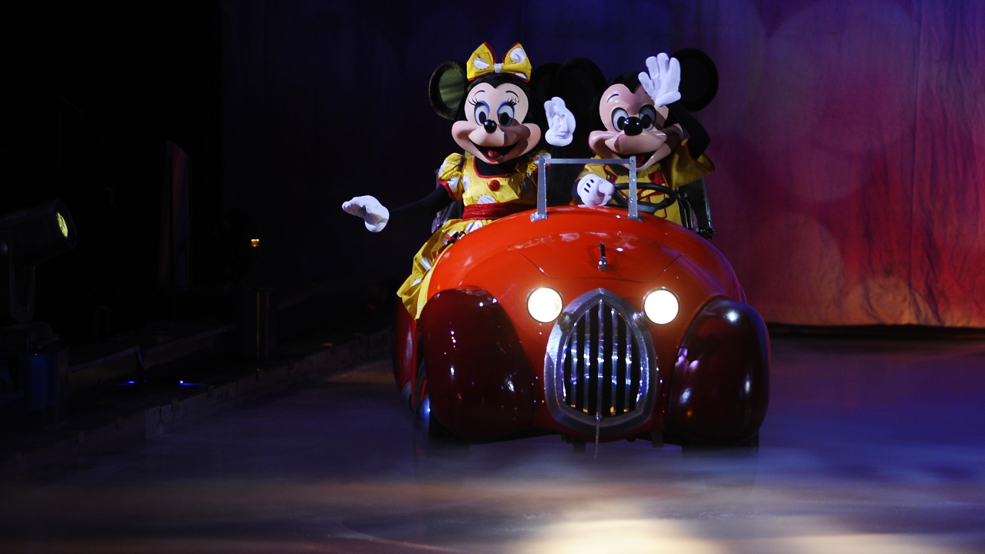 Disney vil slippe roboter løs i parkene sine