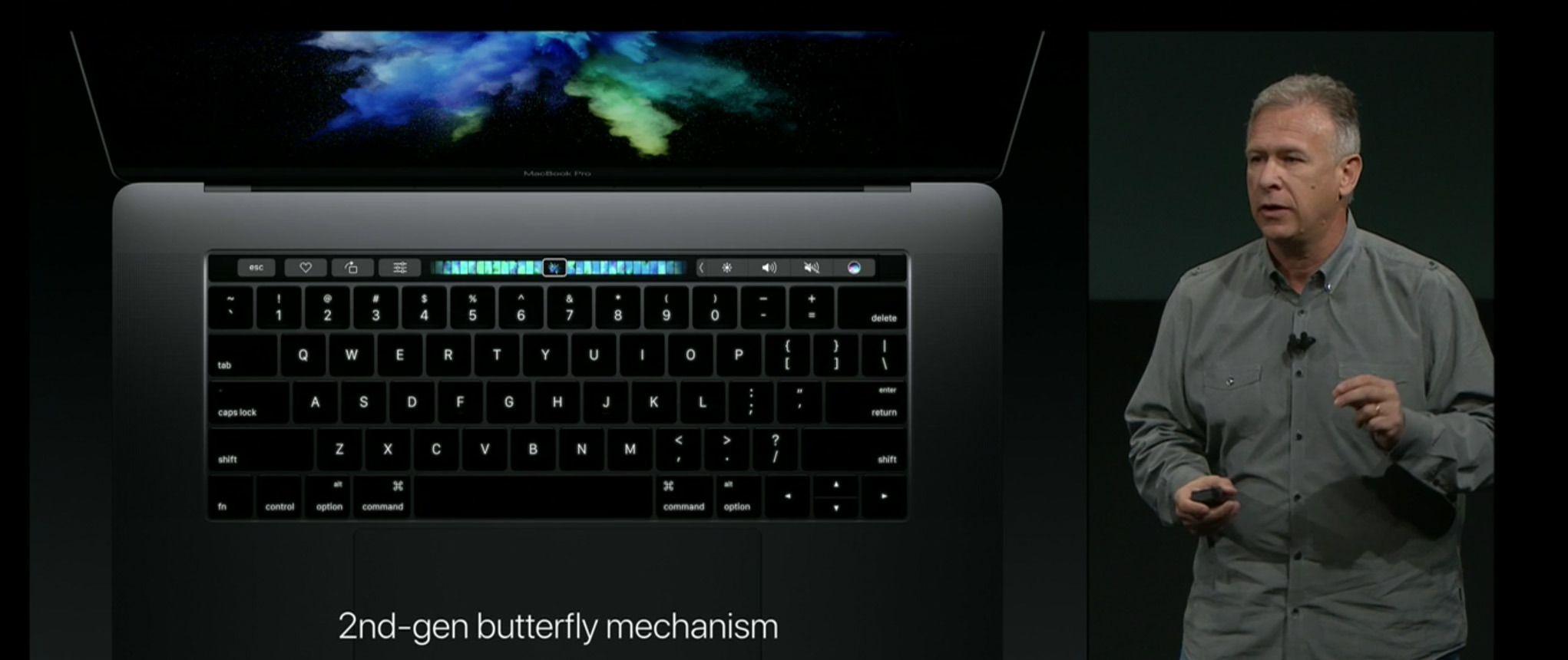 Et helt nytt tastatur er blant nyhetene i MacBook Pro. Løsningen likner på den du finner i minste MacBook, men dette er annen generasjon av tastene med Butterfly-hengsler.