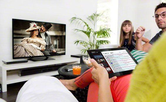 TV Sideview lar deg navigere gjennom TV-kanalene fra smarttelefon eller nettbrett.Foto: Sony