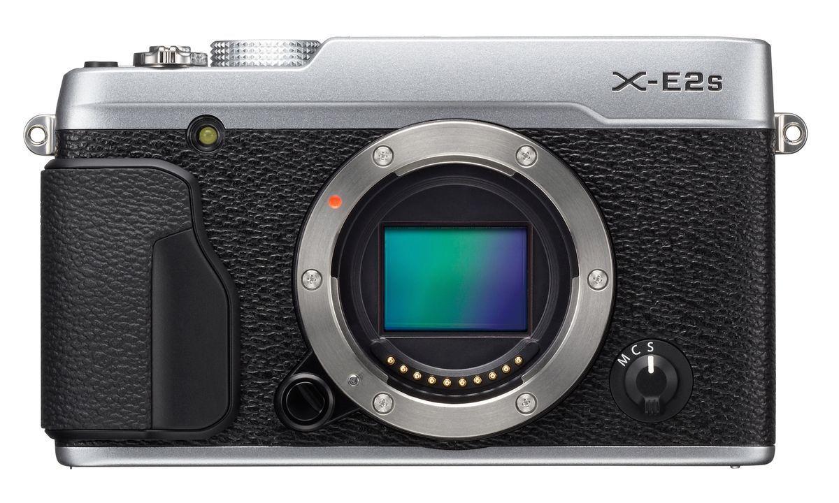 Også X-E2S kommer i retro-stilen vi er blitt vante med fra Fujifilm.