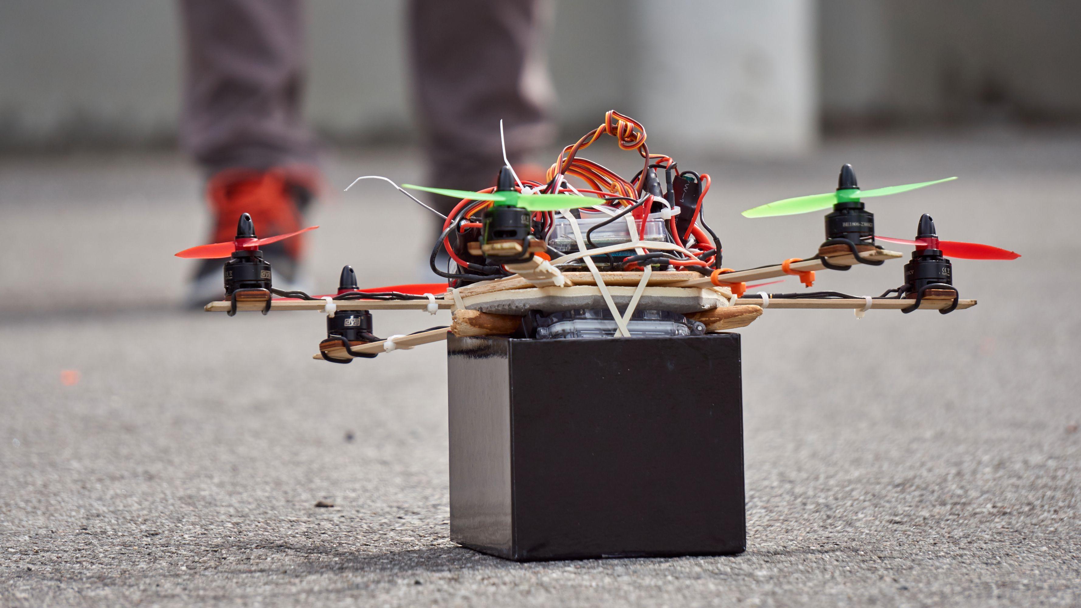 Selvbygde droner