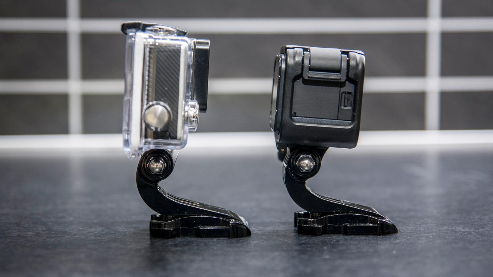 Kubeformen gjør kameraet noe tykkere enn storebror GoPro Hero4 Black. Foto: Kristoffer Møllevik