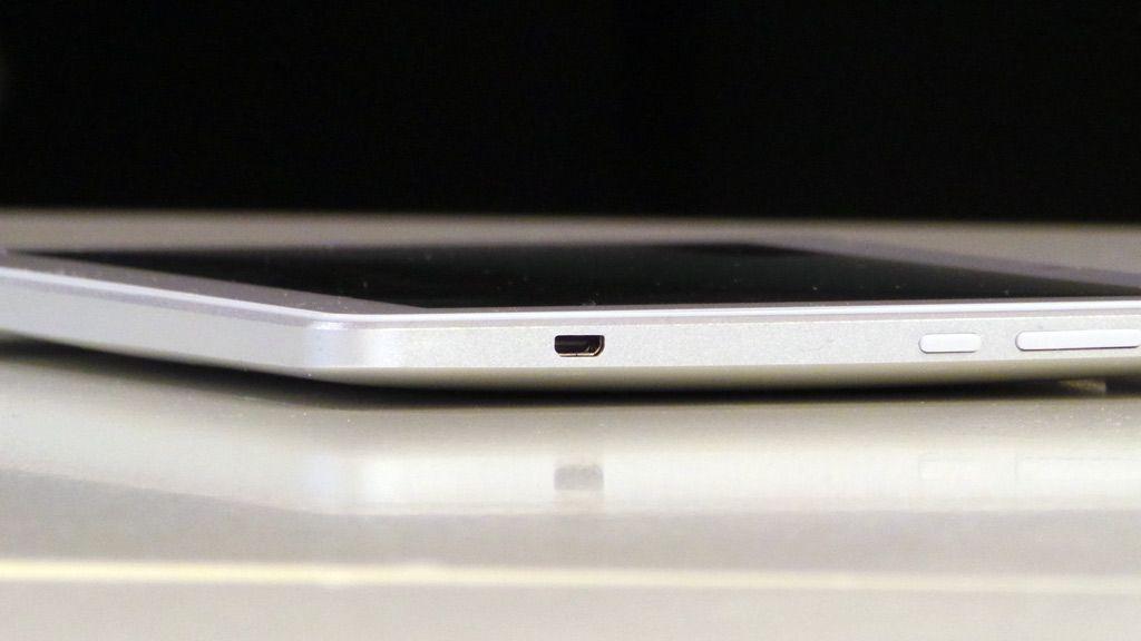 Brettet har Micro HDMI-utgang som lardeg vise film i full HD på storskjerm.Foto: Espen Irwing Swang, Amobil.no