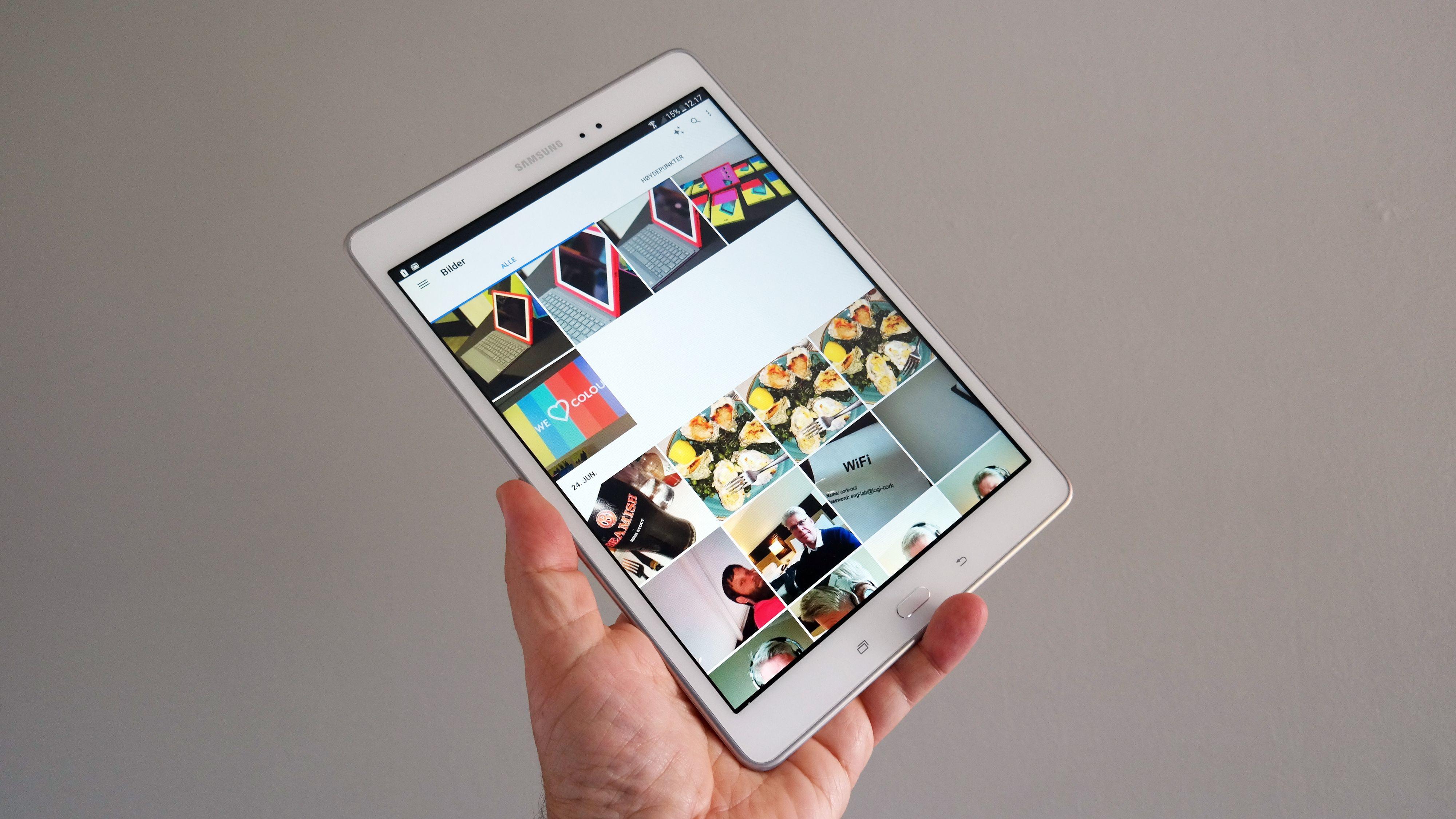 Tab A har funksjonstasten under skjermen, slik den også er plassert på Samsungs mobiltelefoner. Foto: Espen Irwing Swang, Tek.no