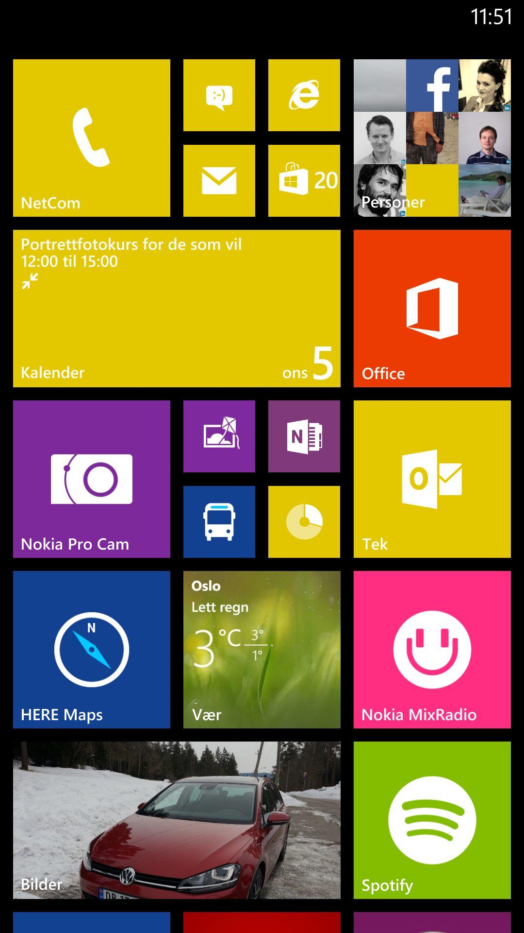I Windows Phone har du to viktige skjermbilder. Appmenyen, og denne hjemmeskjermen som viser såkalte live tiles. Flisene forhåndsviser innholdet i apper og innbokser.Foto: Finn Jarle Kvalheim, Amobil.no