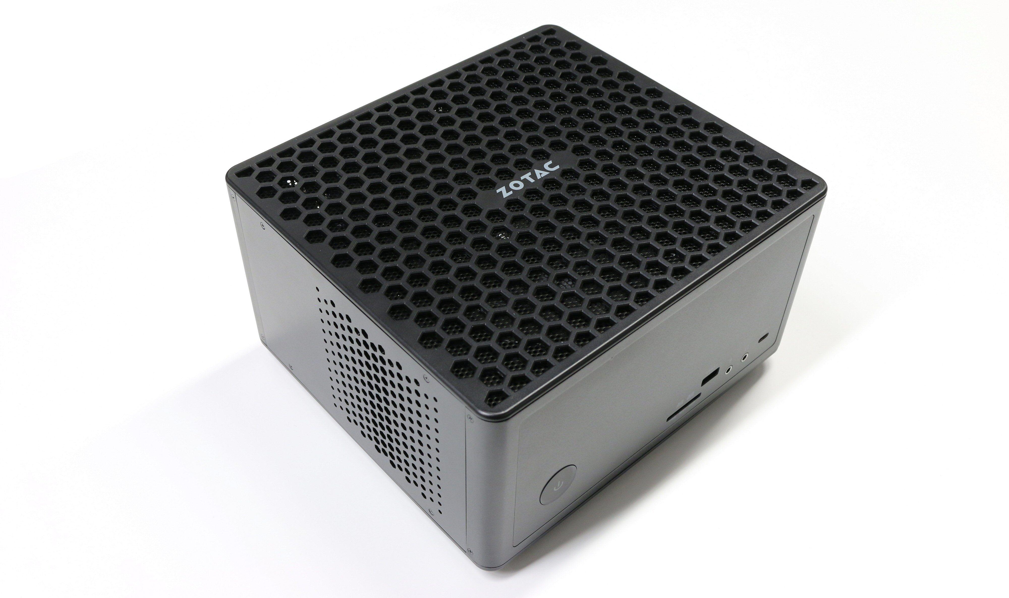 Zotac Zbox Magnus ER51060 er en godt ventilert PC.