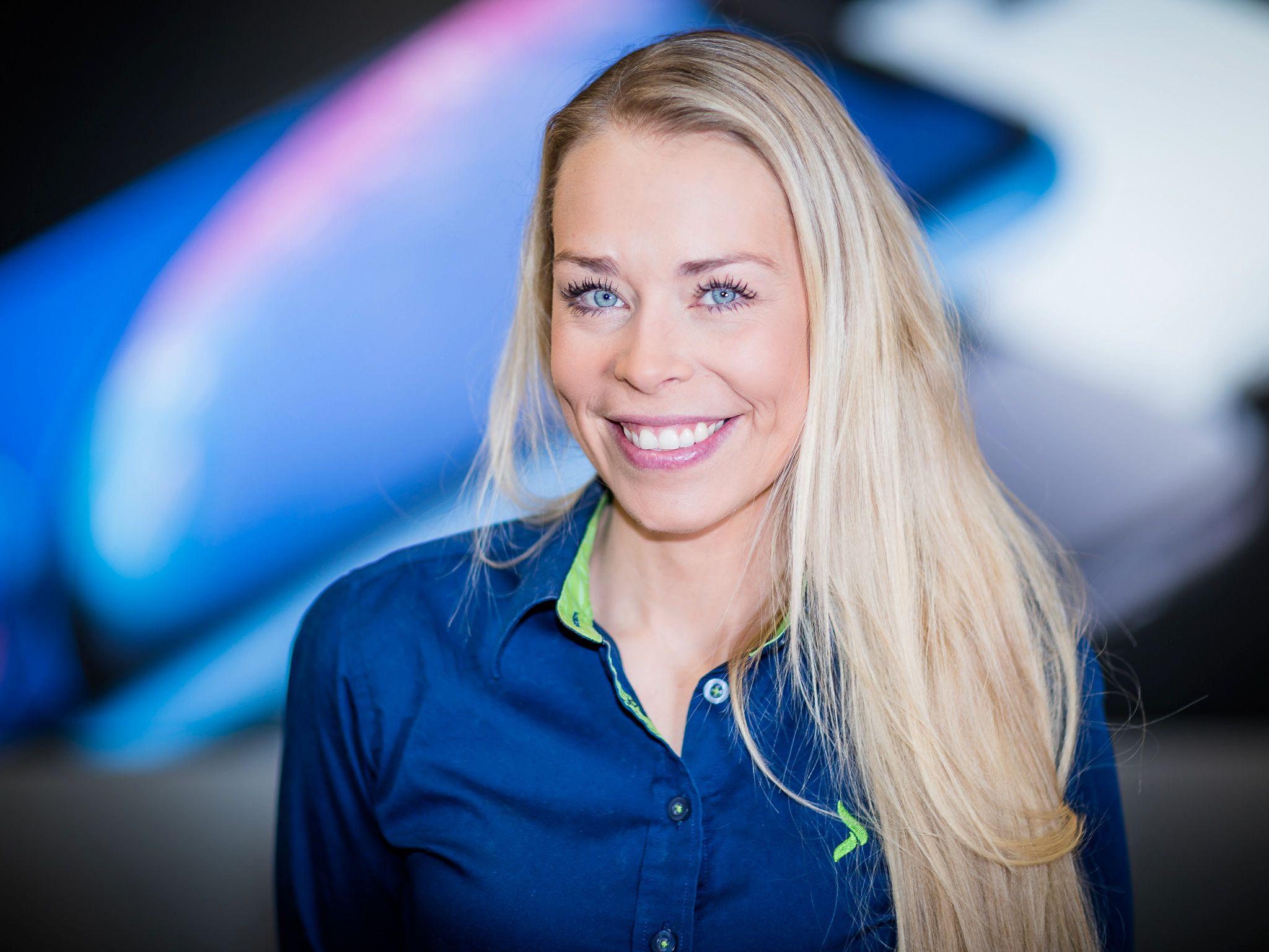 Huawei-salget har gått ned hos Elkjøp denne uken, bekrefter Madeleine Schøyen Bergly, kommunikasjonssjef hos Elkjøp Norge.
