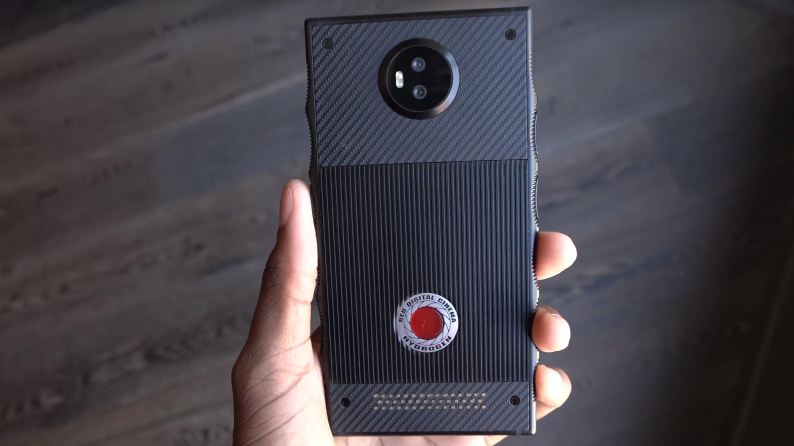 Snart kan du kjøpe en mobil med «holografisk» skjerm – men den koster