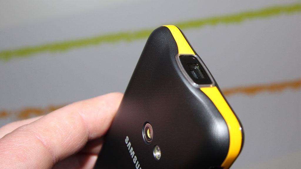 Se mobilen som har innebygget videoprojektor