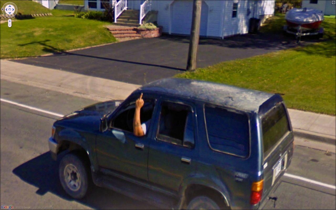 Ikke tvil om hva denne personen synes om Google.Foto: 9-eyes / Google