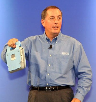 Paul Otellini viser Intels Shelton-plattform