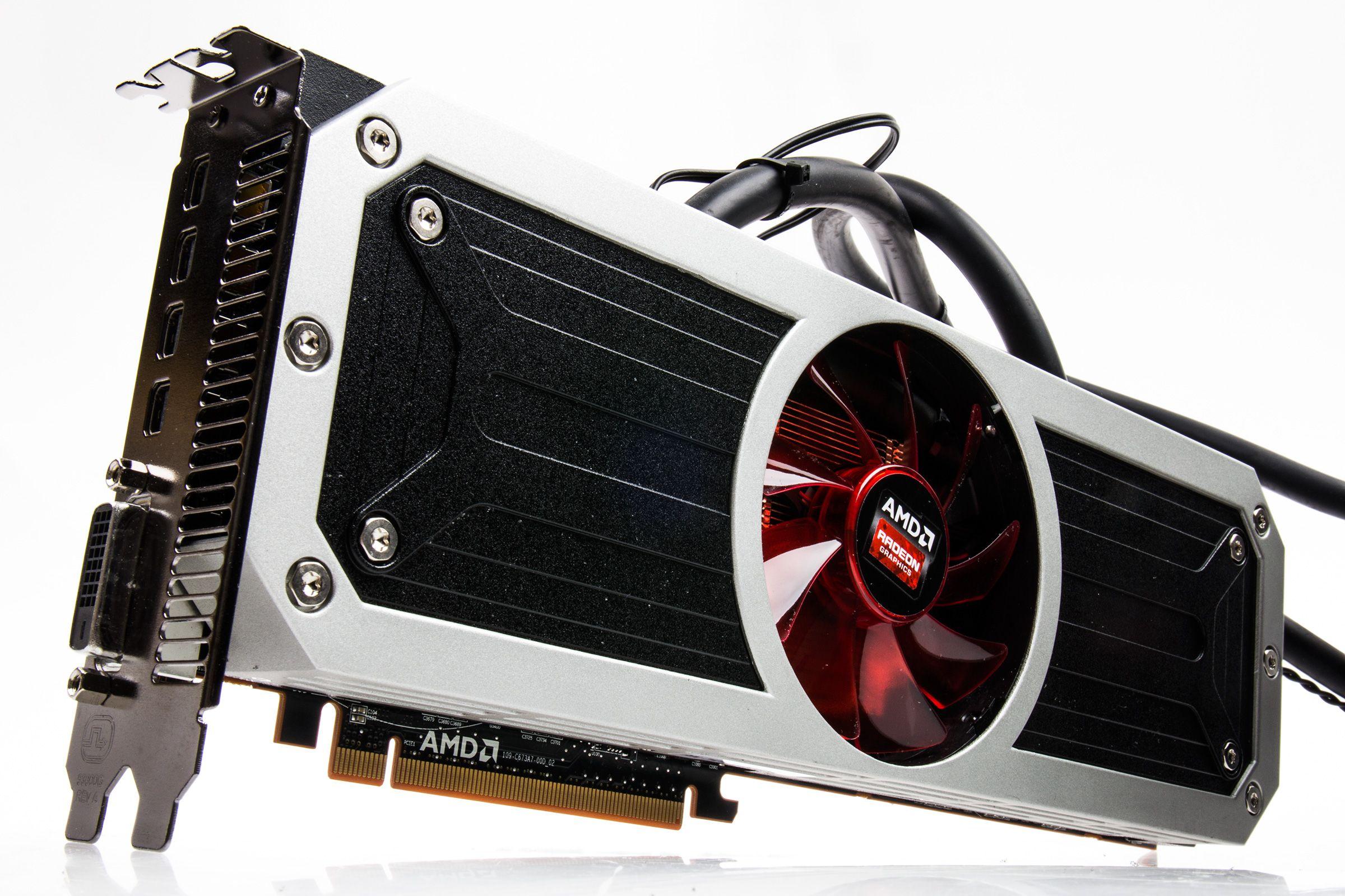 AMD Radeon R9 295X2.Foto: Varg Aamo, Hardware.no