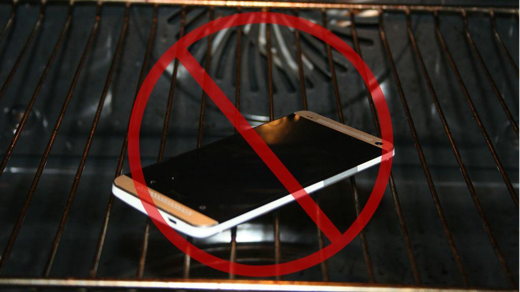 Vi vil ikke anbefale at du tørker mobilen i en stekeovn. Hvis du likevel vil prøve det, må du sørge for at batteriet kan tas ut, og at temperaturen ikke overstiger 70 grader.Foto: Illustrasjonsbilde. V. Haugen. Teknofil.no