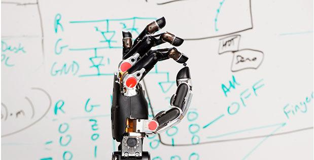 Illustrasjonsbilde av den mekaniske hånden hentet fra DARPA. Foto: DARPA