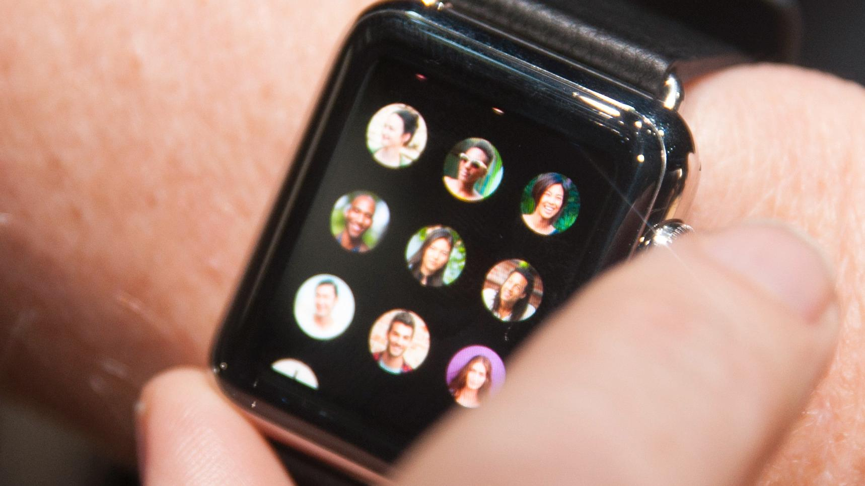 iOS 9 åpner for Apple Watch i Norge