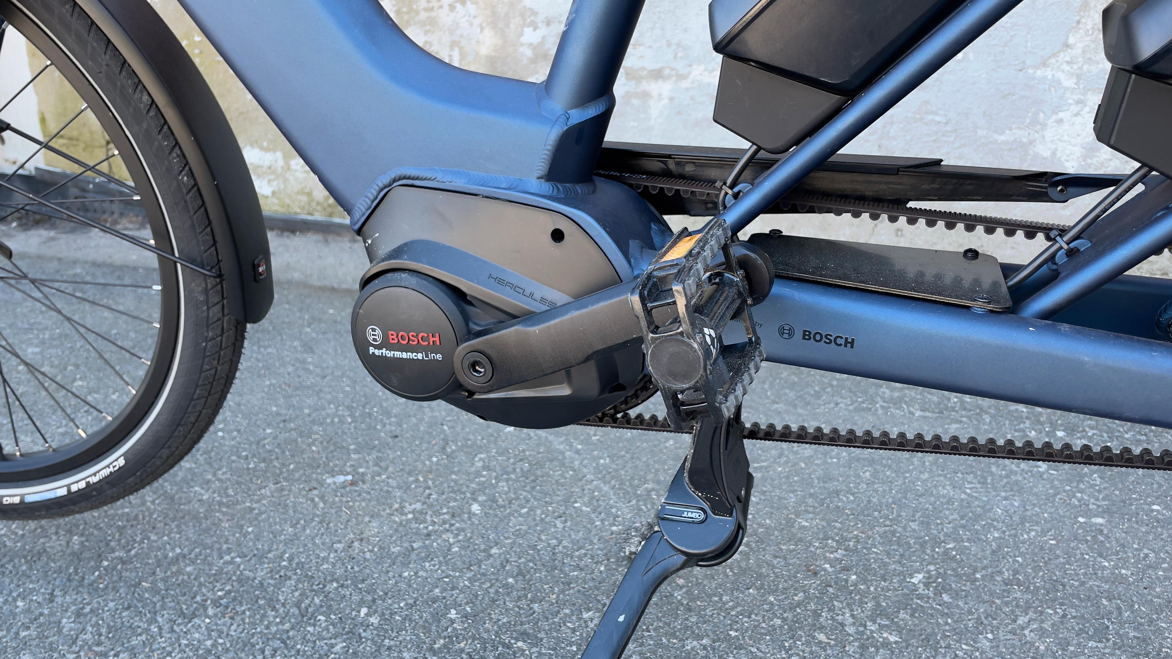 Sykkelen leveres med en Bosch-motor på 65 Nm.
