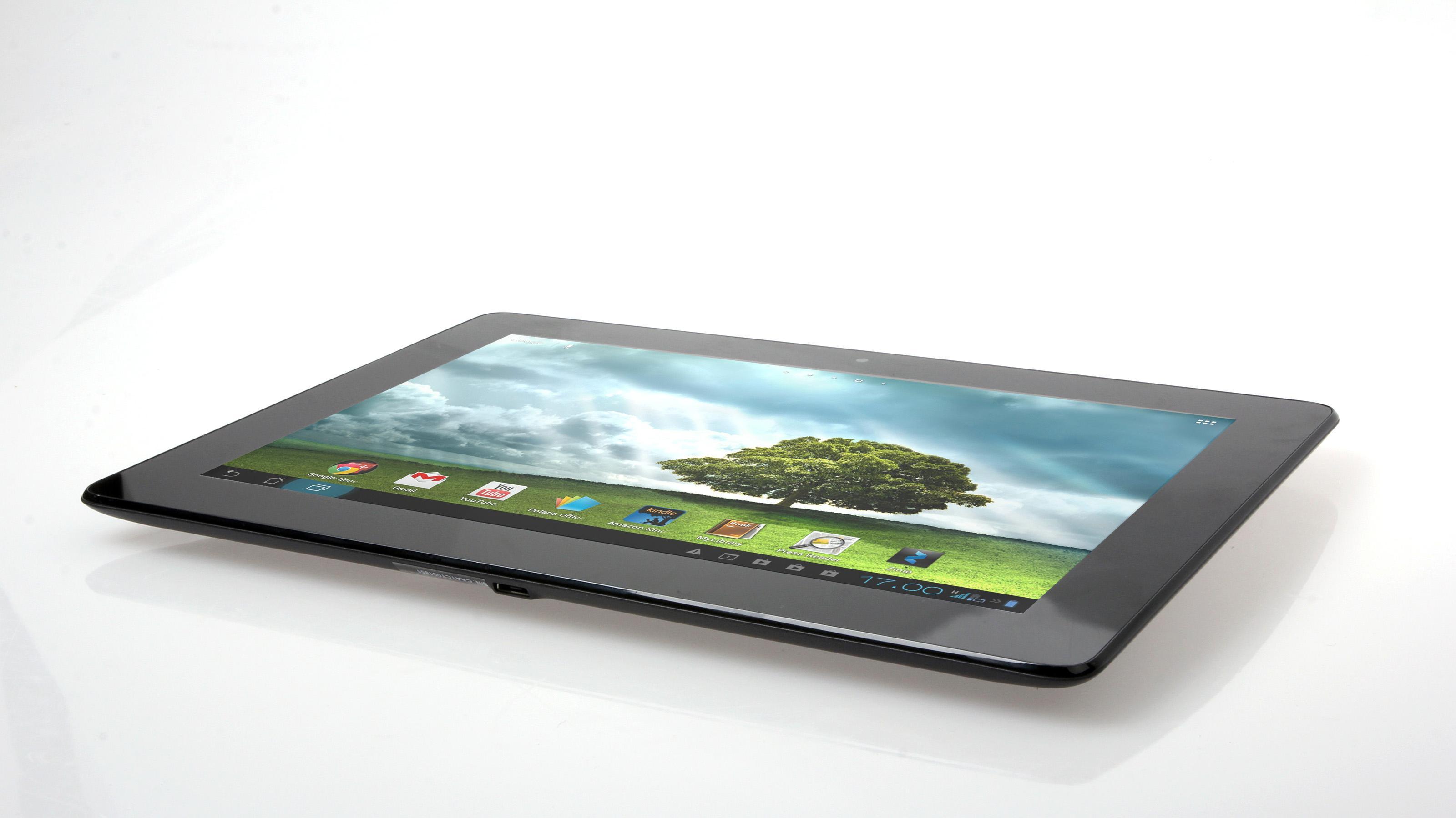 Asus PadFone 2 er et lekkert 10,1-tommers nettbrett som ikke veier mer enn en iPad –selv om den også inneholder en telefon.Foto: Kurt Lekanger, Amobil.no