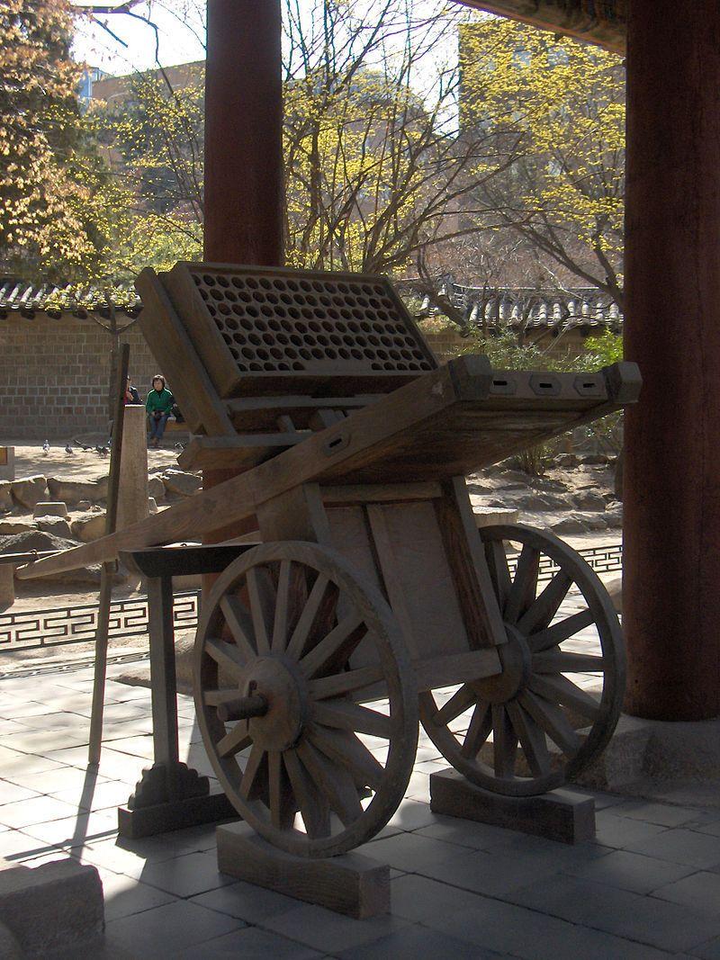 Koreanske hwacha – et mobilt rakettbatteri fra middelalderen. Foto: Josh Berglund