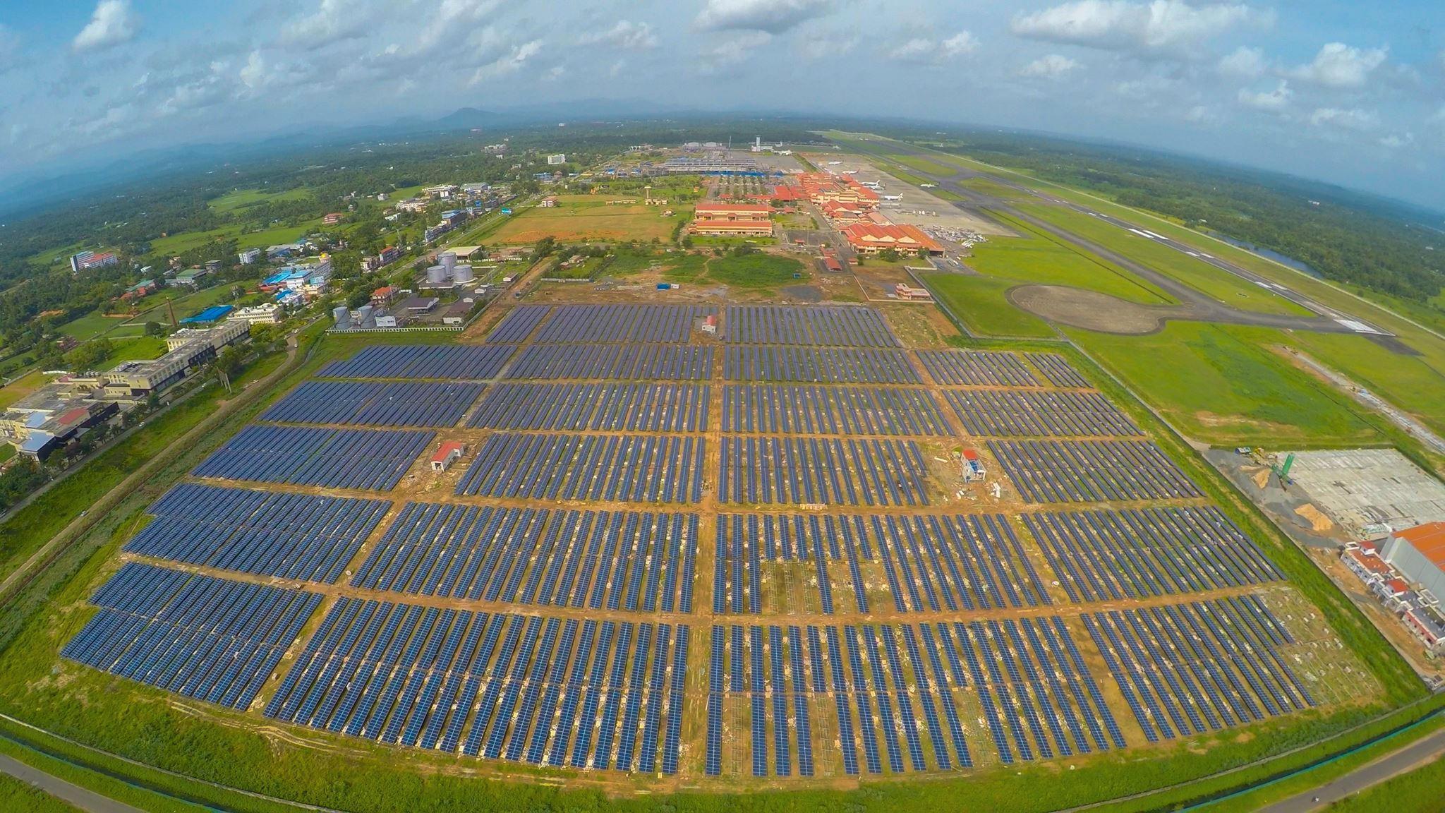 Flyplass får all energien sin fra solcellepaneler