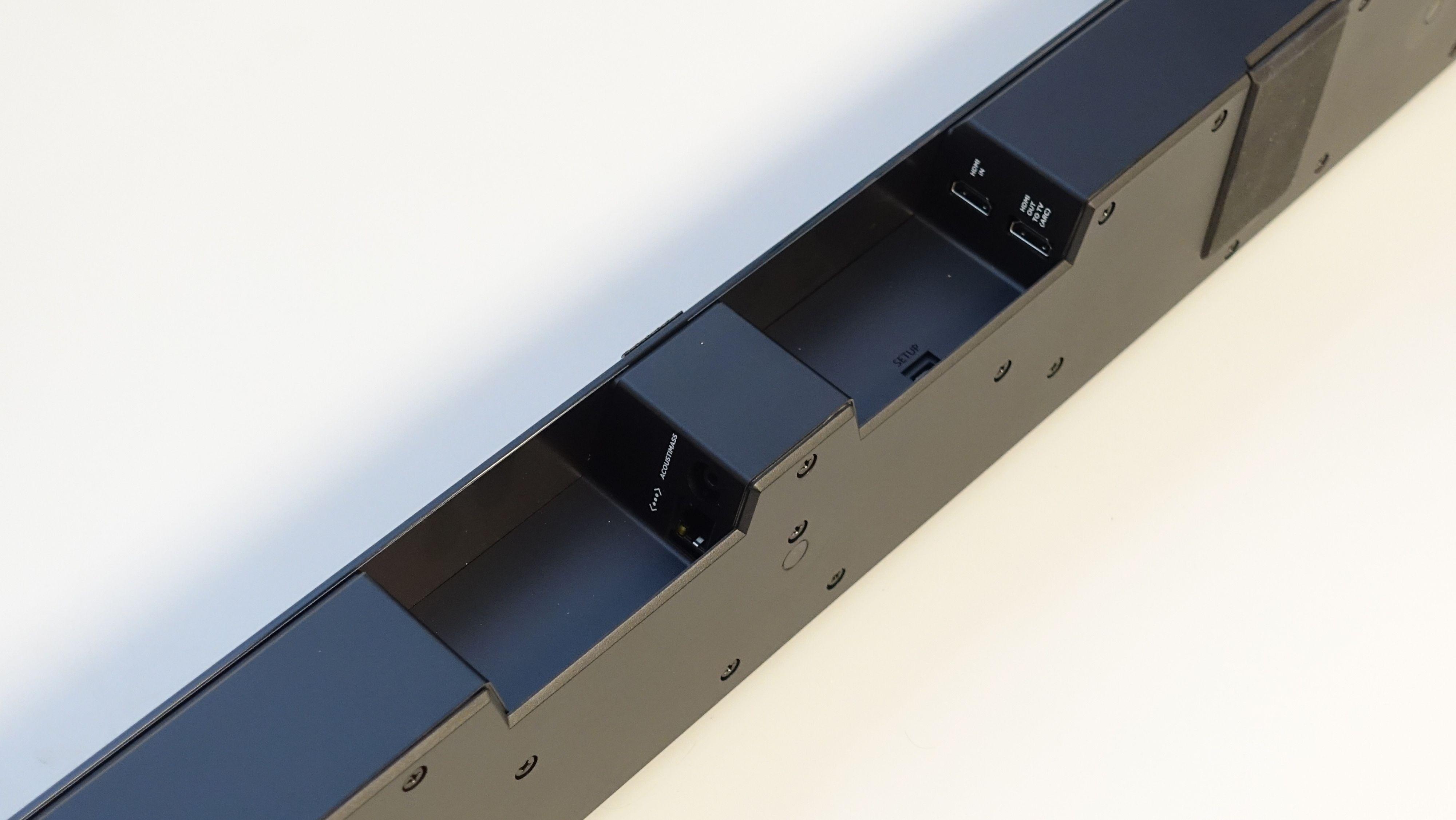 På baksiden av planken finner du de tilkoblingene du trenger.