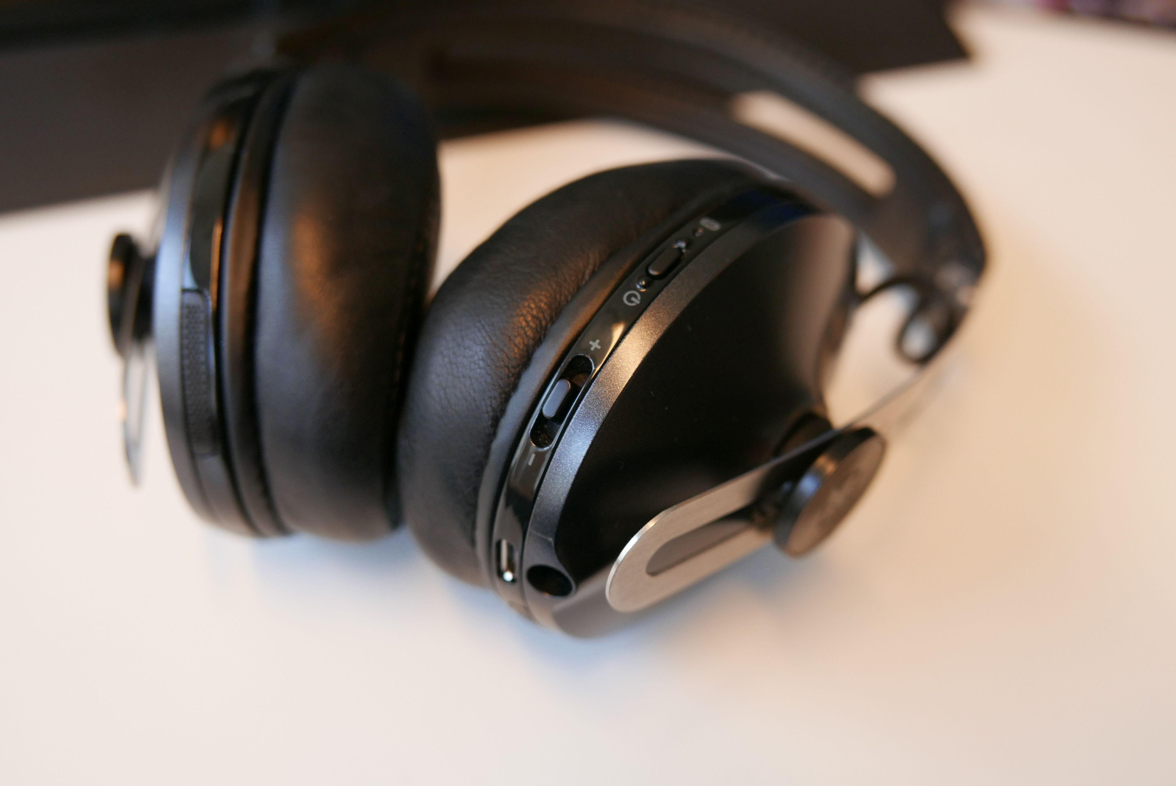 Brillefin lyd uten hverken den nye USB-kontakten eller jack. Momentum II Wireless er blant de beste hodetelefonene vi har testet, og de trenger bare kabelen til lading.