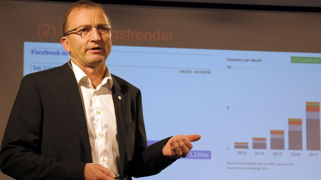 Dag Johansen er stolt av hvor mye data systemene kan analysere, og resultatene de kan oppnå.Foto: Espen Irwing Swang, Tek.no
