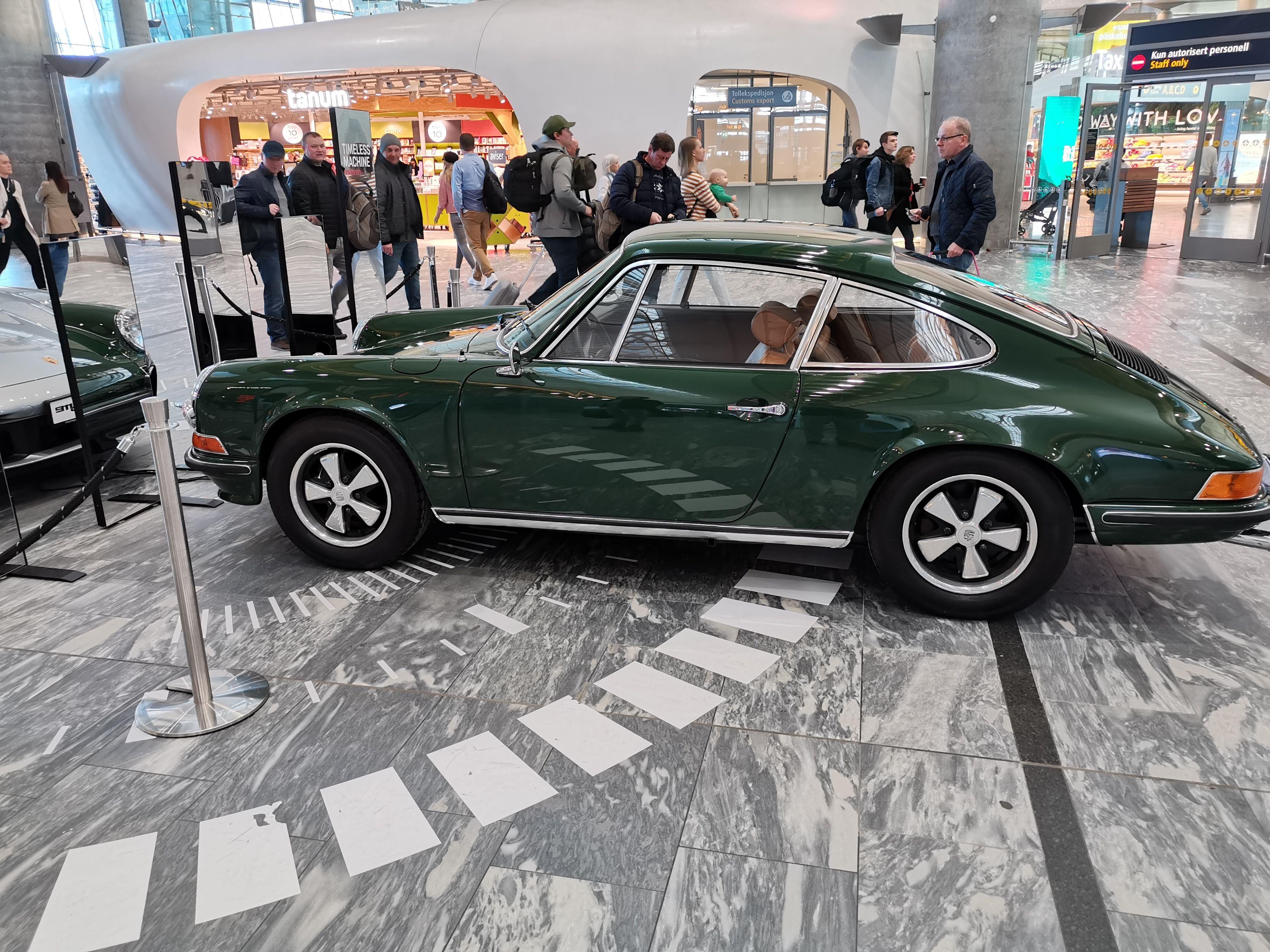 Denne gamle Porschen var grønn uansett vinkel.