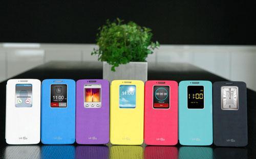 LG har annonsert nye mobildeksler med Quick Window – et vindu som viser deler av skjermen til telefonen. Foto: LG