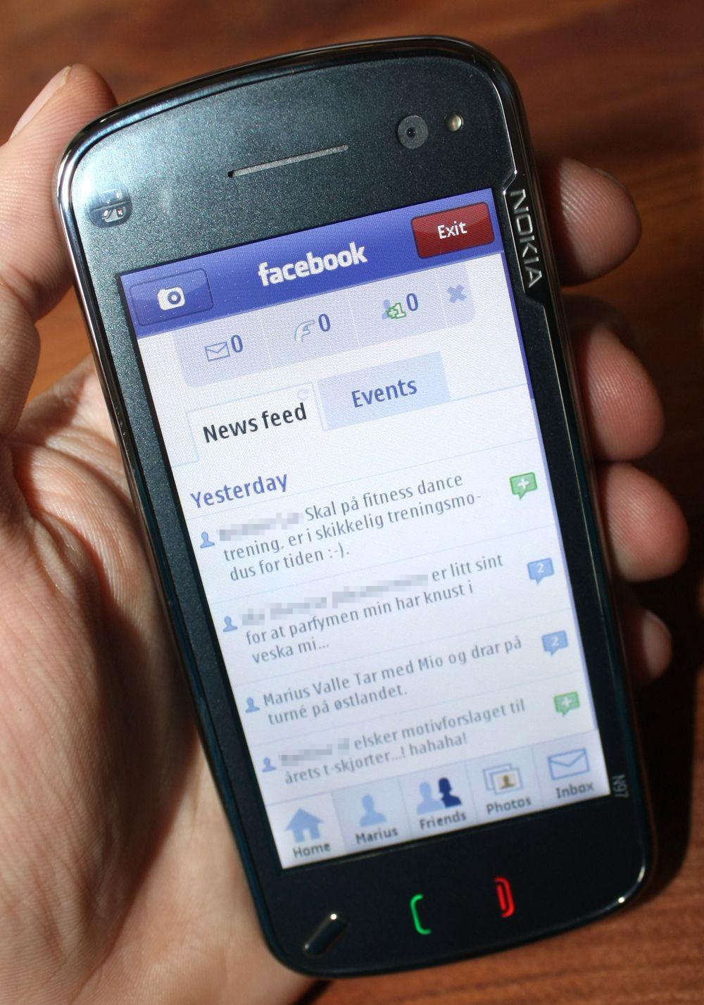 Facebook rett på mobilen.