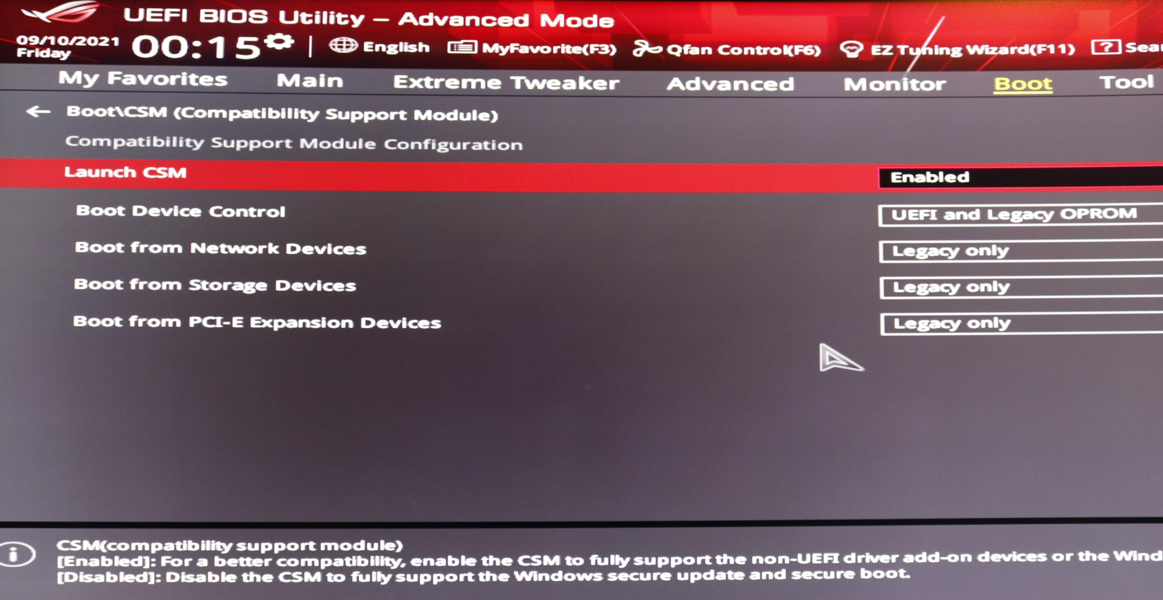 CSM må skrus av for å få Secure Boot til å virke. Men da kan det hende du må trikse litt med systemdisken din.