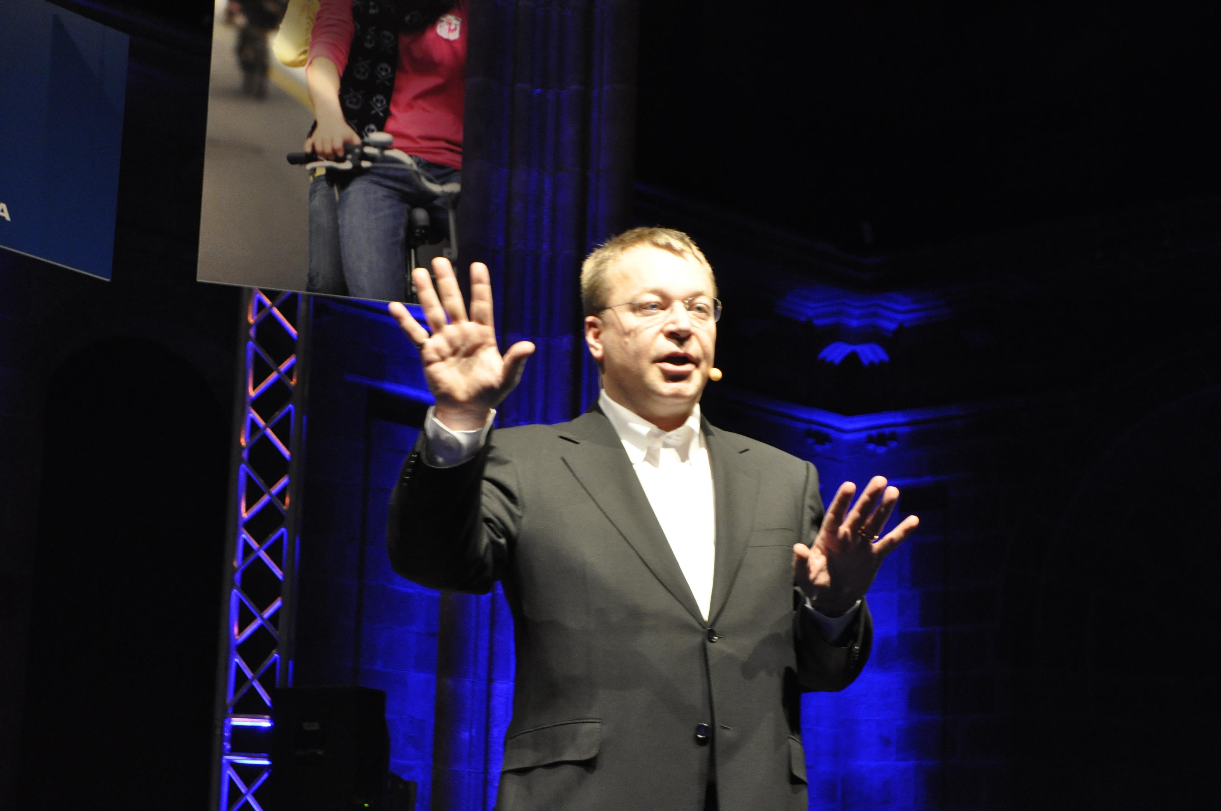 Nokias toppsjef Stephen Elop forklarte selskapets valg av Windows Phone 7 på messen, men mobilgiganten gjorde ellers ikke så mye av seg.