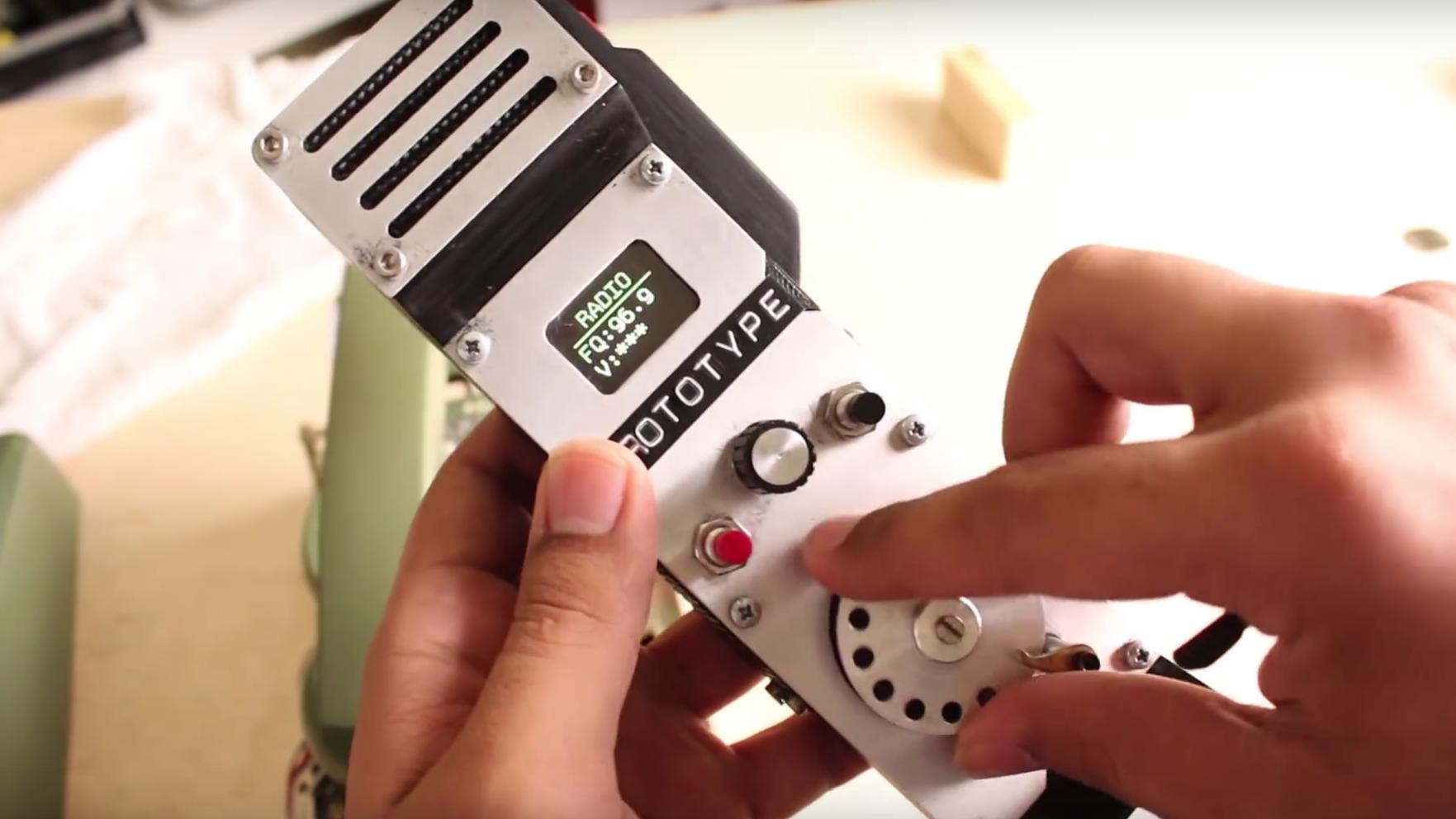 Dette er verdens første mobiltelefon med nummerskive